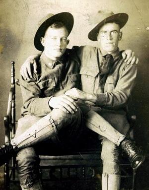 Vintage_gun_homos