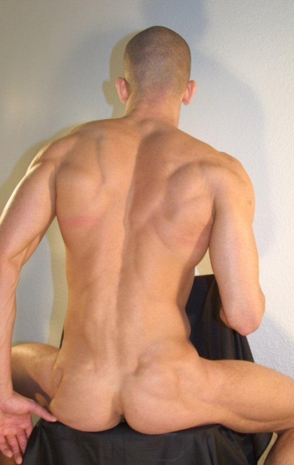 Muscle_hunk_1